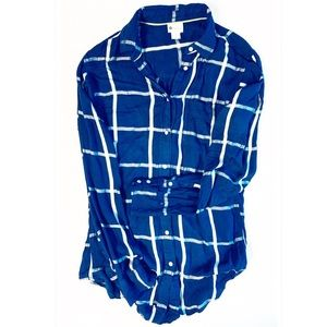 Navy button down perfect Fall shirt size small